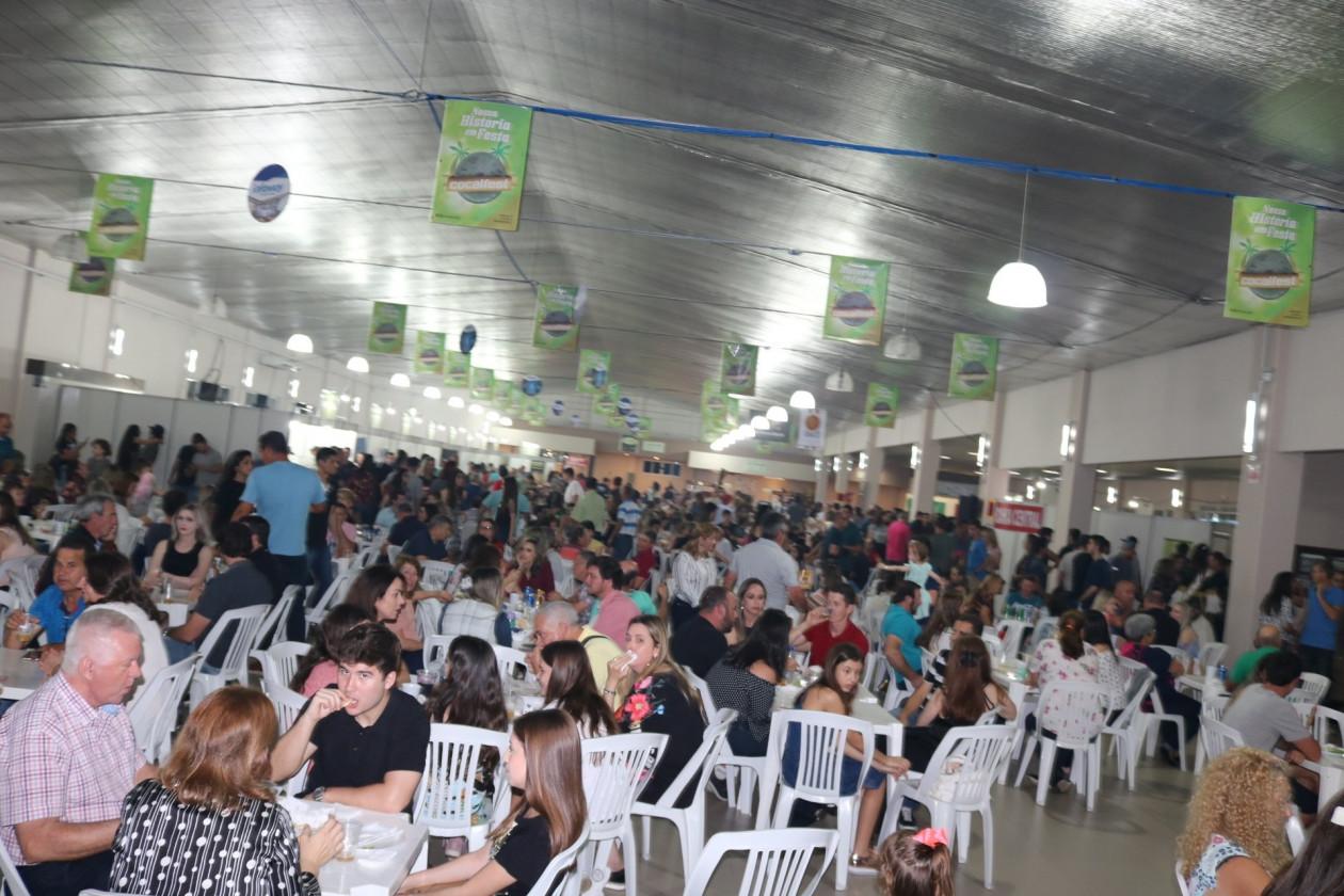 a5472ca148983 VI Cocalfest encenrra com público recorde - Município de Cocal do Sul